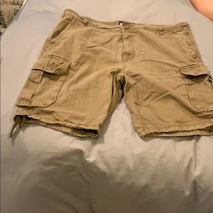 Freeworld Cargo Shorts Size 40